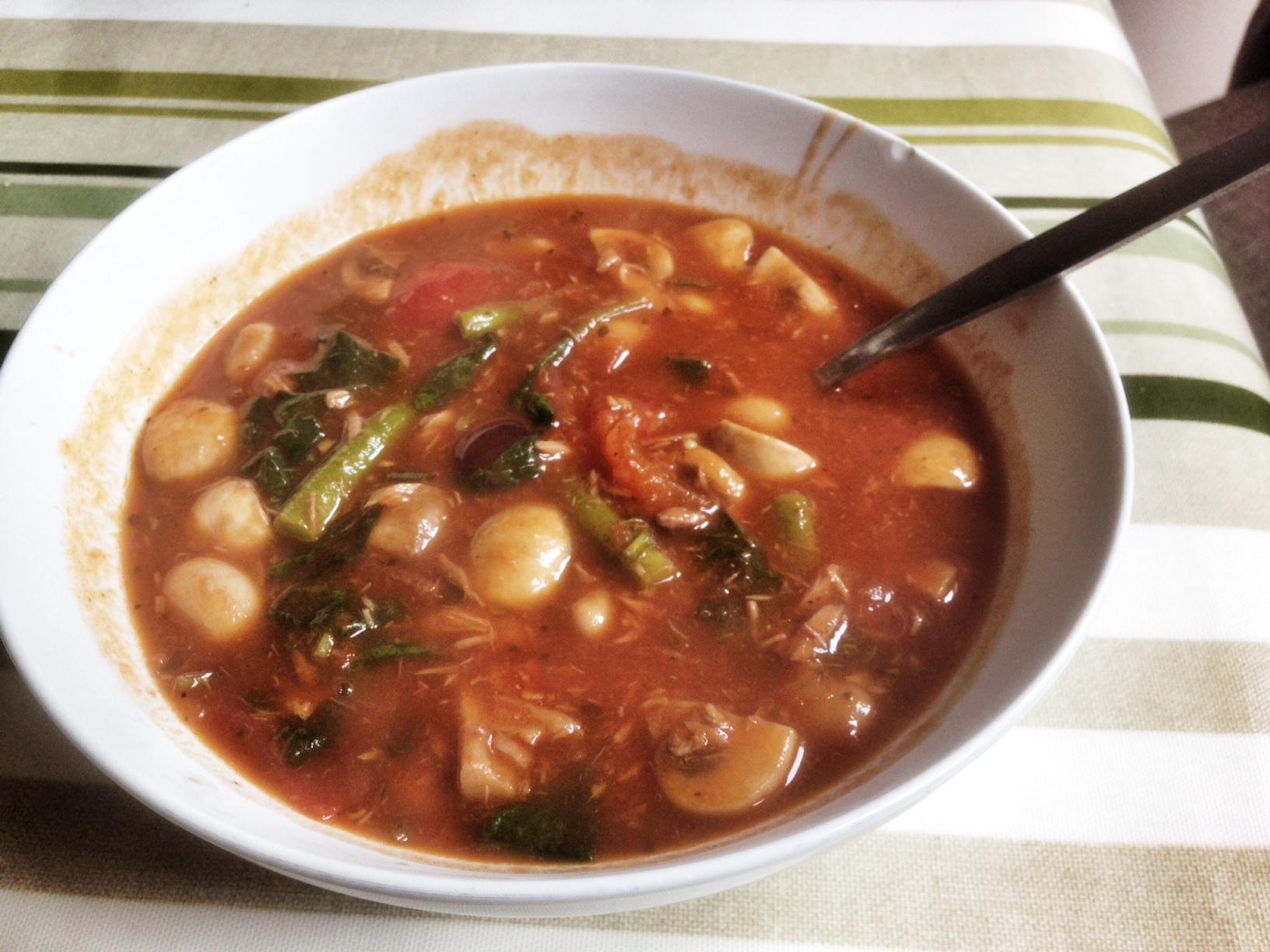 Tuna, Tomato and ButterBean Soup
