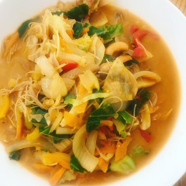 Vegan curry noodle soup!!!