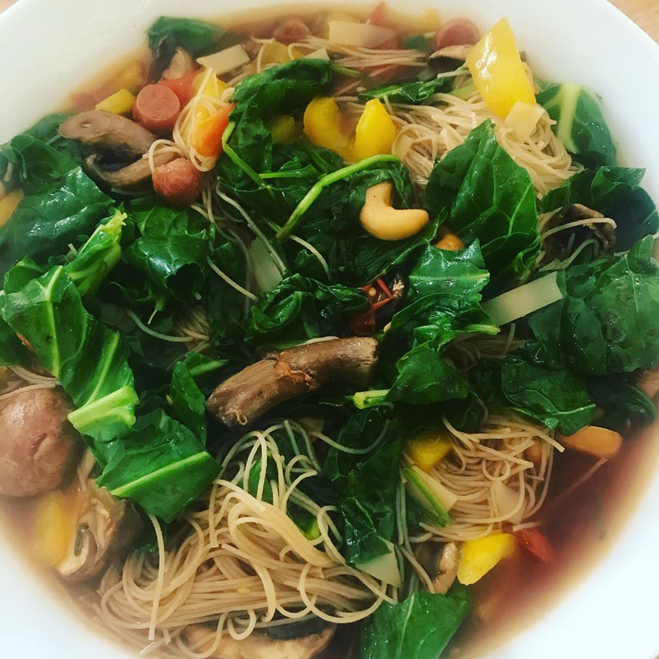 I do love a good broth! Lots of veggies and rice noodles, always fills me up for lunch. Eat nutrients to fuel your body, not calories!!! #eatclean #broths #soups
